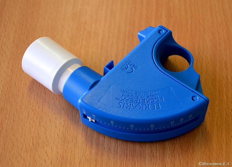 Пикфлоуметр «FERRARIS POCKETPEAK», применяемый в педиатрической практике